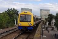 Leytonstone_High_Road_railway_station_MMB_11_172005
