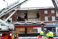 Aftermath-of-building-collapse-in-Sheffield