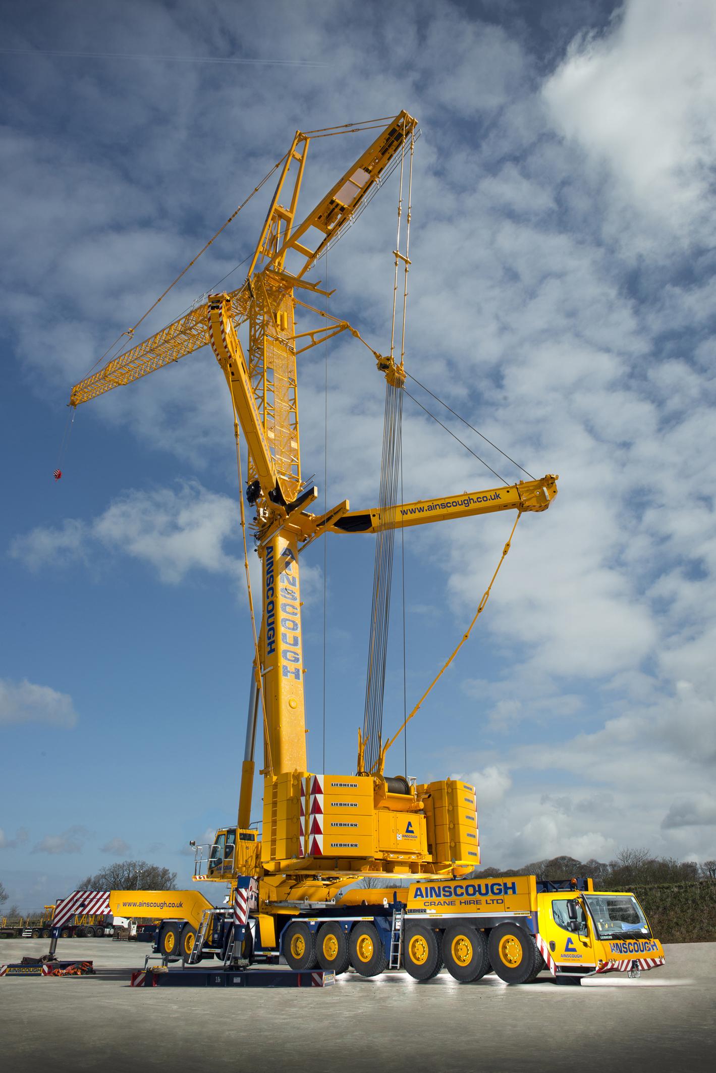 Ainscough invests £11 4m in crane fleet   Construction Enquirer