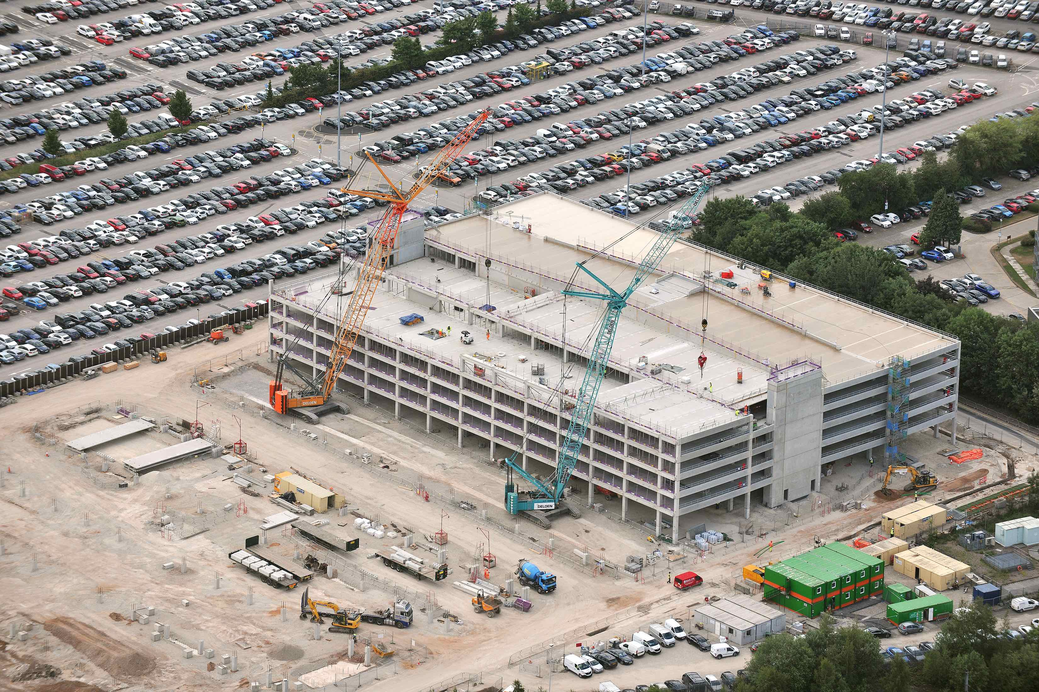 Bam Bags Second Big Airport Multi Storey Car Park Job Construction