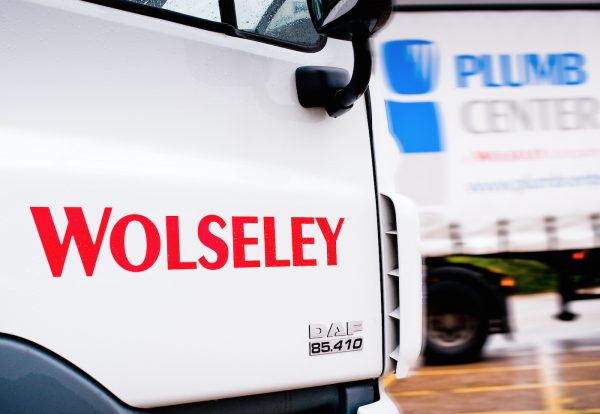 Wolseley to cut up to 800 jobs in Britain