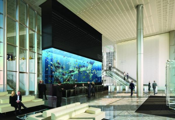 Skanska installs giant aquarium in heron tower for Tower fish tank