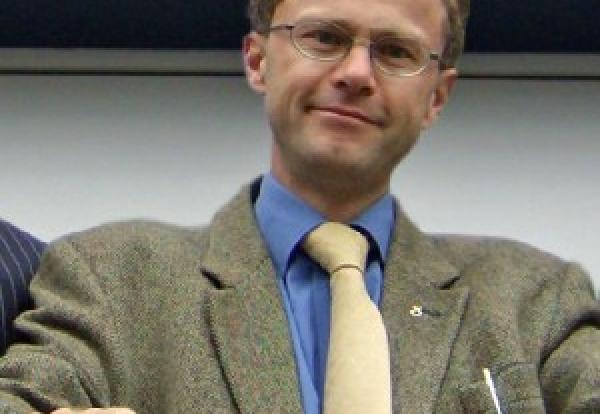 Dr Bill Wilson