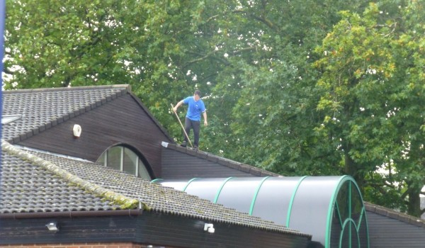 hse Construction-photo-1-man-on-roof