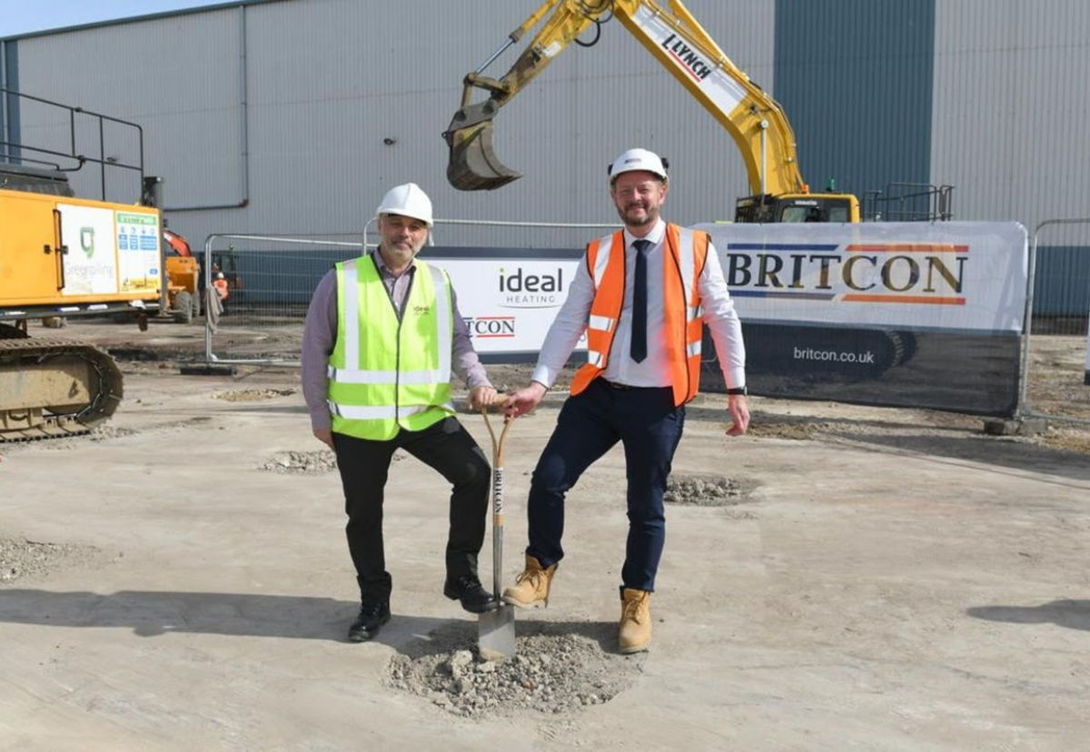 Ideal Heating chief operations officer, Jason Speedy, left, and Britcon managing director Nick Shepherd at the site in Hull