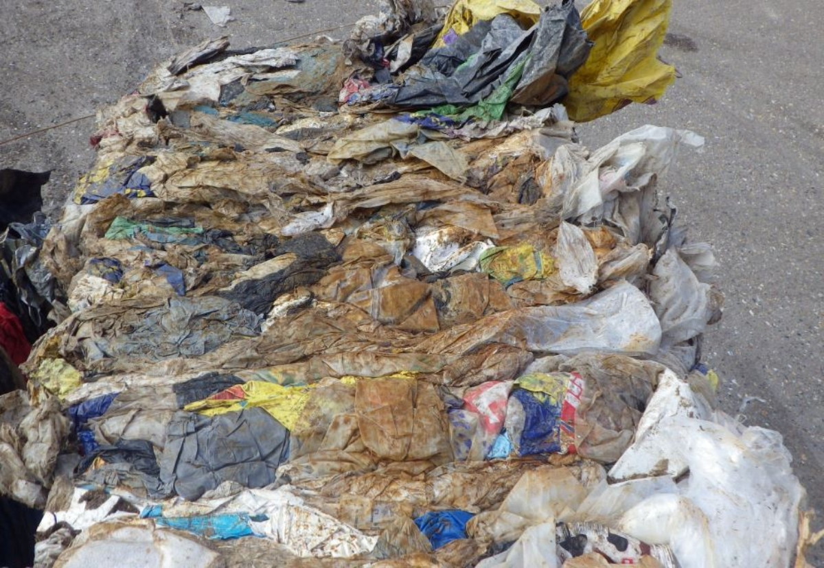 Fresh crackdown after surge in illegal export of plastic waste contaminated with mud, sand and brick