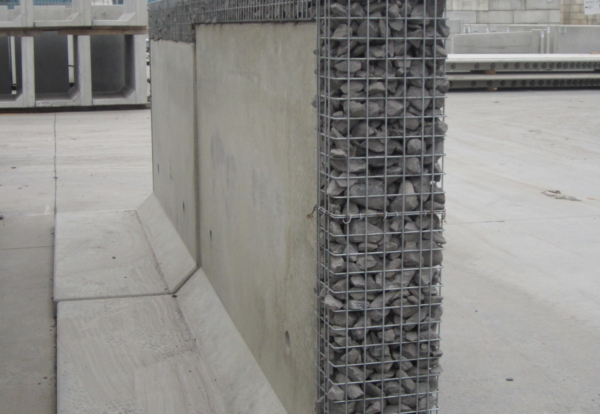 Jp Concrete Launches New Hybrid Retaining Wall