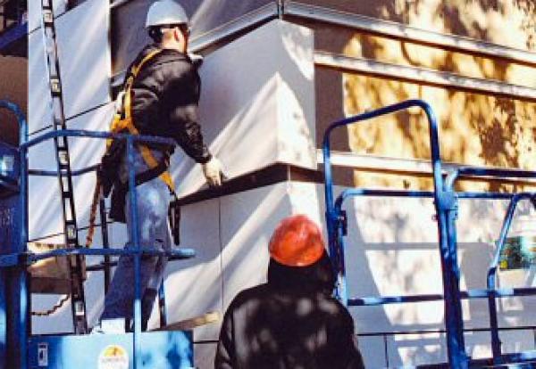 25% of 173 unsafe social housing blocks still need to start cladding removal
