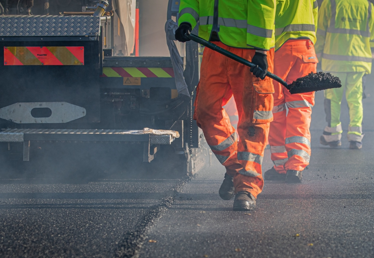 Graphene asphalt being laid on a busy main road in Curbridge for Oxfordshire County Council