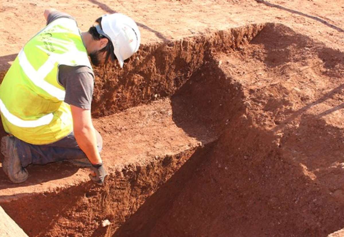 Archaeologists uncovering the Roman ditch